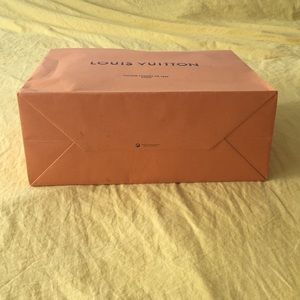 Louis Vuitton Bags - LOUIS VUITTON PAPER SHOPPING BAG 🛍 / GIFT BAG